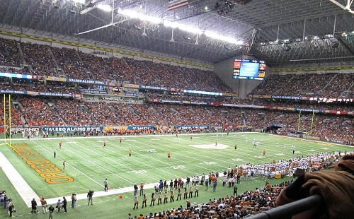Alamodome Facts Figures Pictures And More Of The Alamo Bowl Game Stadium